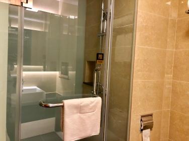 Airport Hotel Pudong โรงแรมในสนามบินผู่ตง จีน5